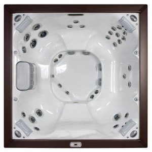 Jacuzzi® J-LX™ HOT TUB